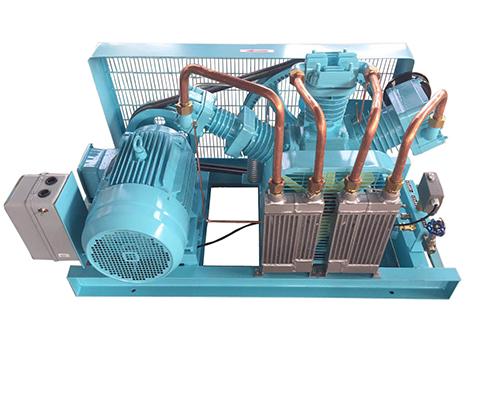 Medium pressure oil free air compressor